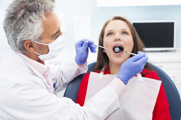 "Did You ""Catch"" A Cavity? Dentists Say Cavities are Contagious"